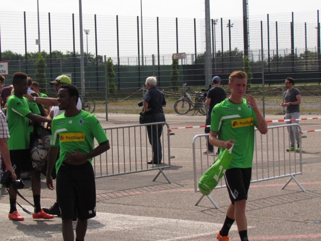 Trainingsauftakt der Saison 2015/2016... Img_8418