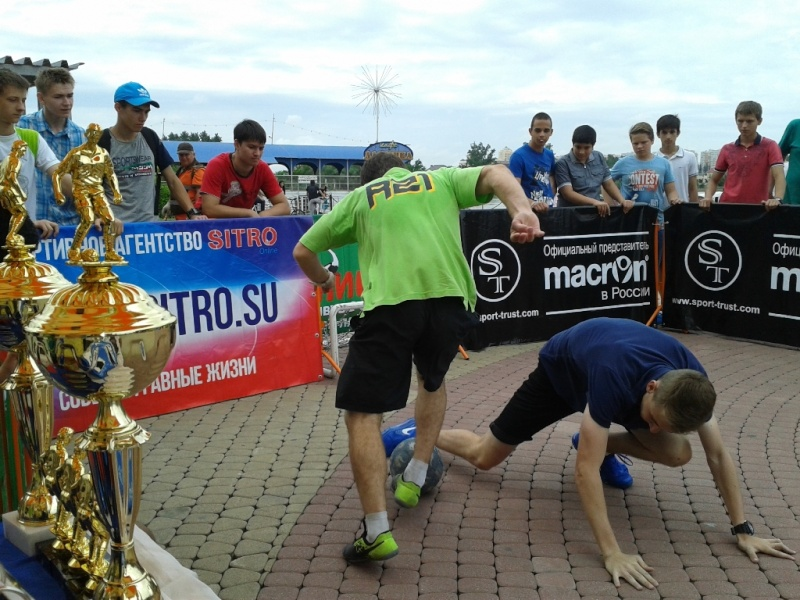 В Артемовске 23 августа 2015 г. состоится турнир по уличному футболу (PANNA) 2х2. 47232-10