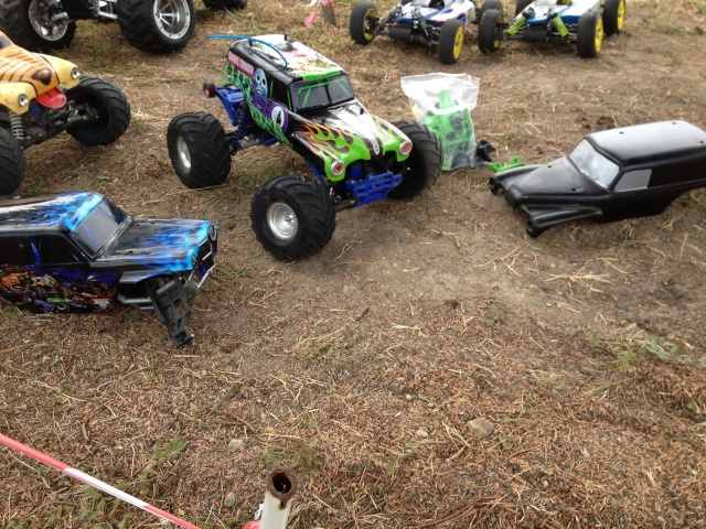 Mon ex FG Monster Beetle & mes autres ex rc non short course Img_5813