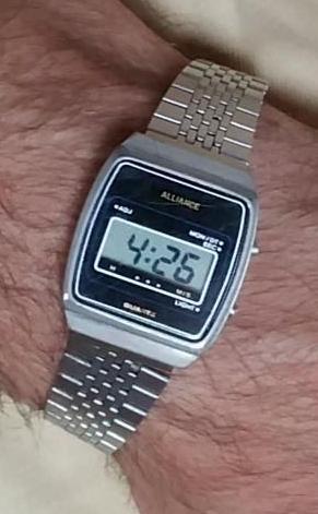 Réglage d'une montre à affichage digital Allian10