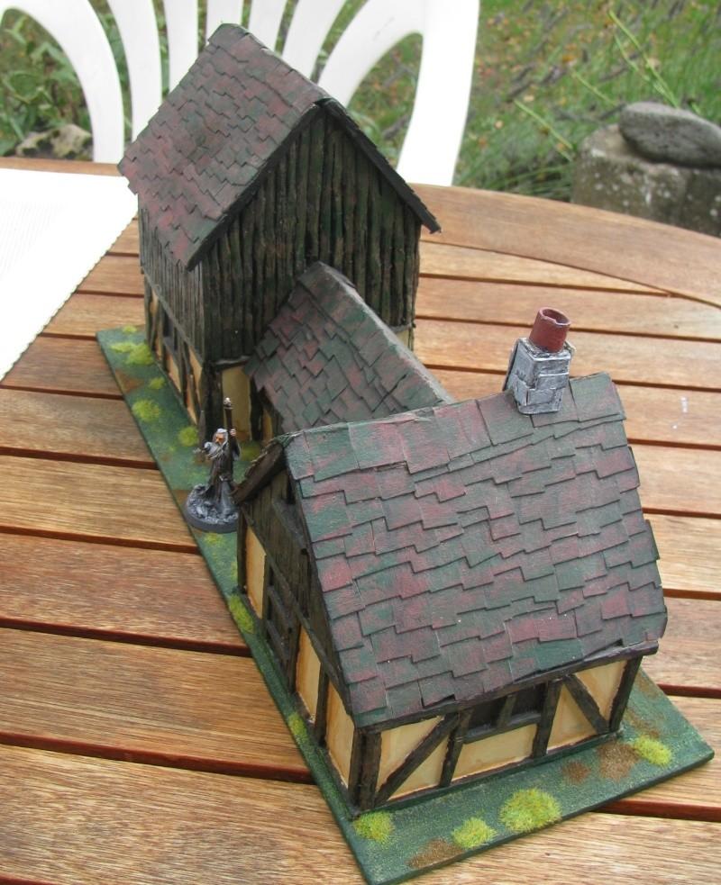 Maisons de Brée (à l'origine, de l'empire, pour Warhammer!) Auberg10