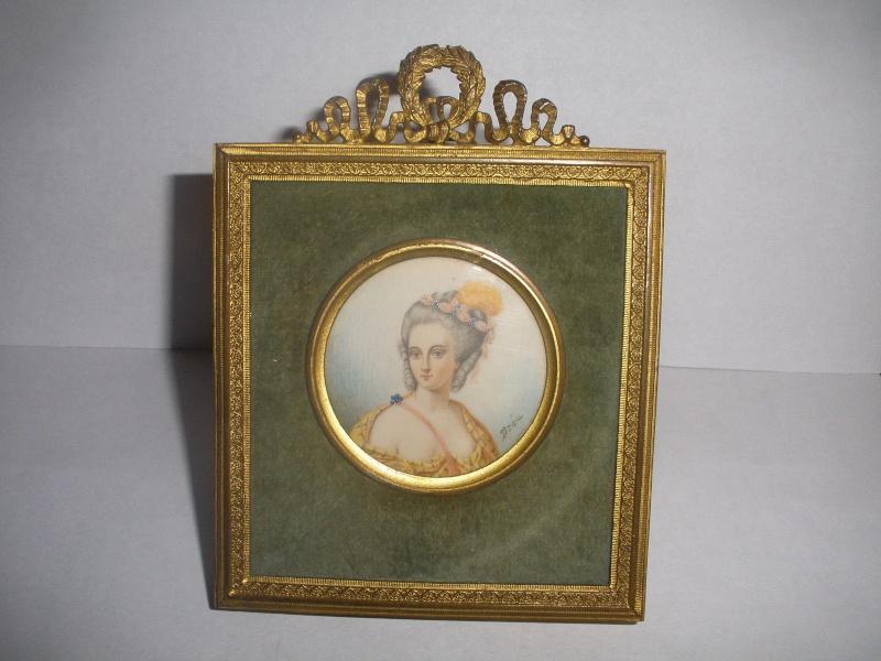 A vendre: miniatures de Marie Antoinette? - Page 2 _5711