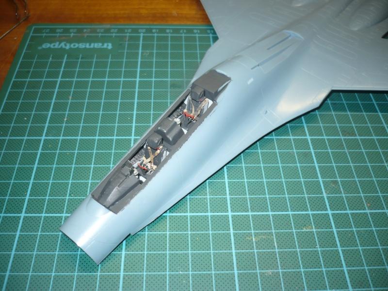Sukhoi Su-27 UB Flanker C Academy 48e P1080641