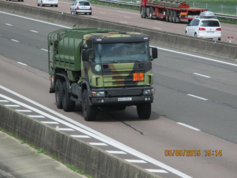 Camions de l'Armée - Page 15 Img_2038