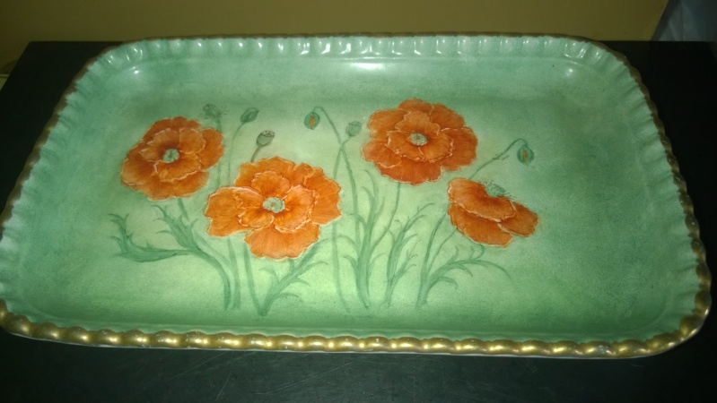 square tray/dish signed on back, please help identify maker. Wp_20112