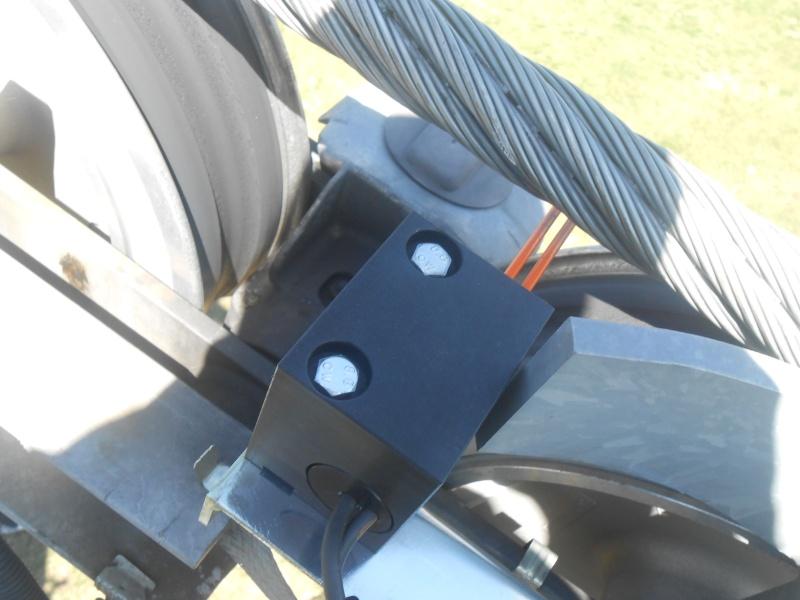 Les lignes de sécurité des remontées mécaniques Dscn2610