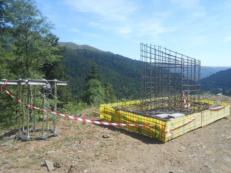 Remplacement du télésiège Masseboeuf Travaux Le Lioran 2015 Dscn2913