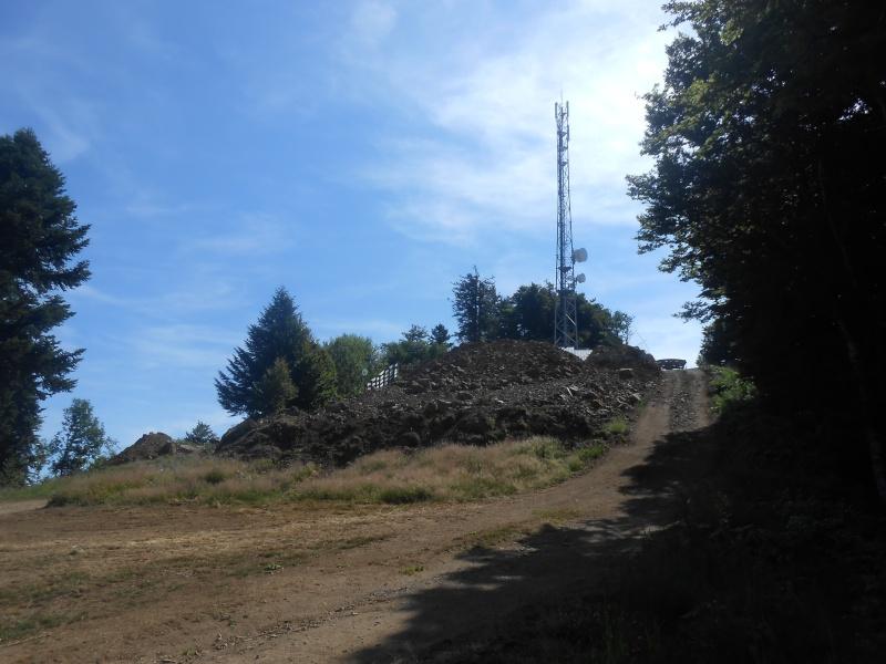 Remplacement du télésiège Masseboeuf Travaux Le Lioran 2015 Dscn2919