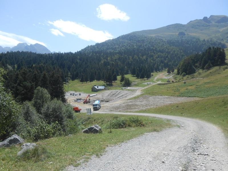 Construction du télésiège fixe 4 places (TSF4) Sapins Dscn3110