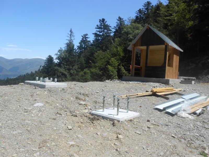 Construction du télésiège fixe 4 places (TSF4) Sapins Dscn3135