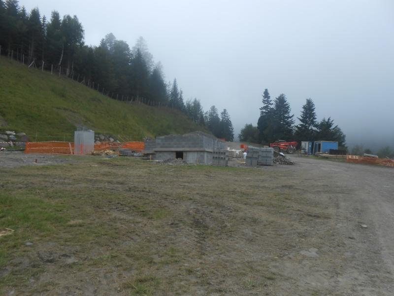 Construction du télésiège débrayable 6 places (TSD6) du Céciré Dscn3215