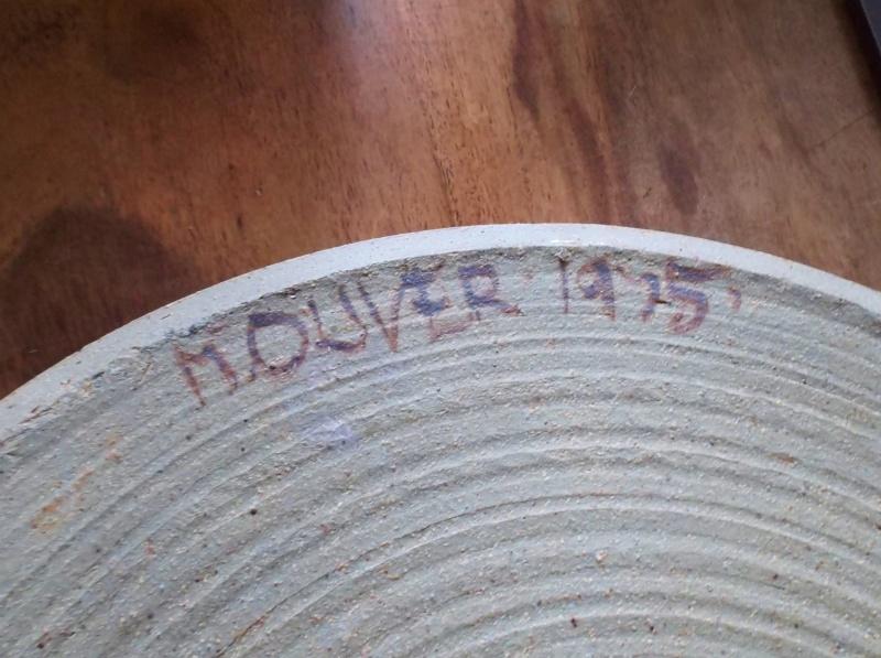 Stoneware Dish Signed M.Oliver 1975 Dscf4713