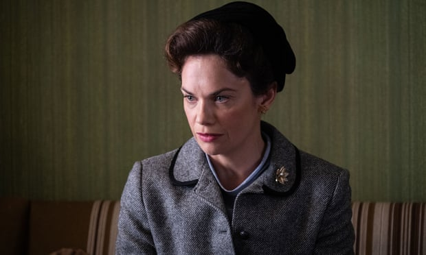 Mrs Wilson avec Ruth Wilson (BBC et PBS) 428510