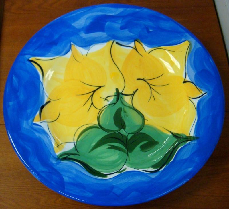 Petra Ceramics Huge Blue Flora platter Dsc06113