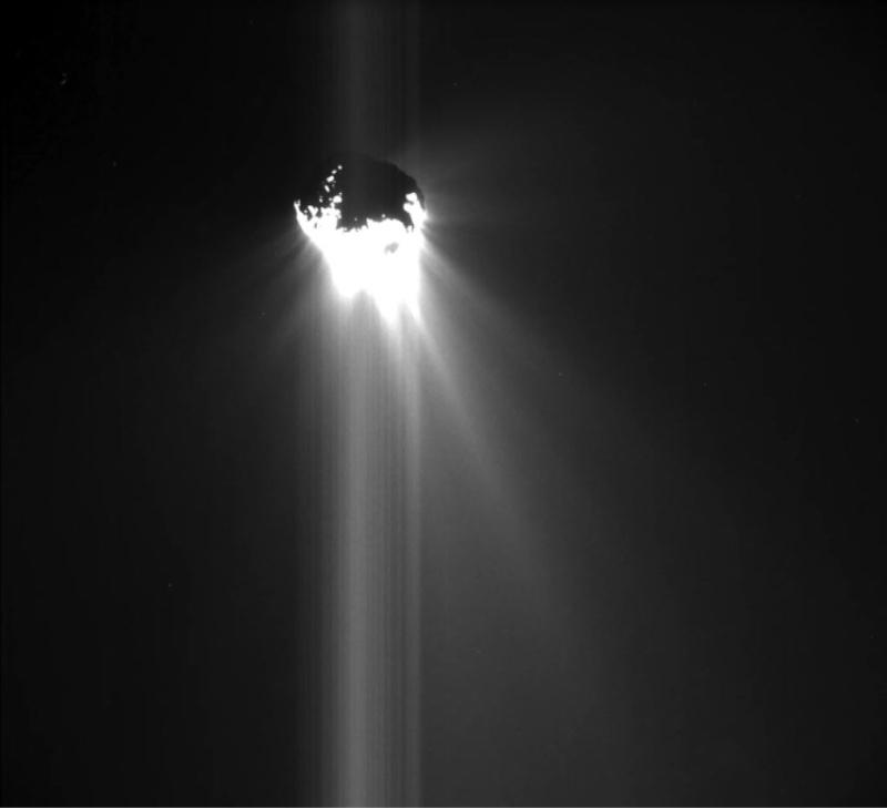 [Sujet unique] 2014: Philae: le robot de la sonde Rosetta sur la comète Tchourioumov-Guérassimenko - Page 7 Tchour20