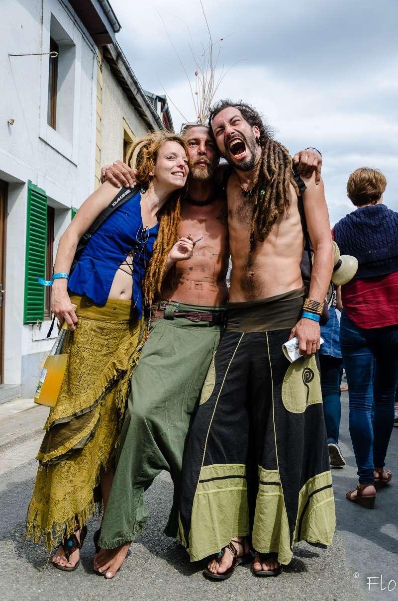 Sortie au Festival des Artistes de Chassepierre 2015: photos du dimanche 23. 23082012