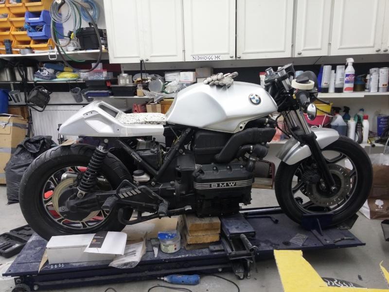 BMW K75 goes cafe racer 20150810