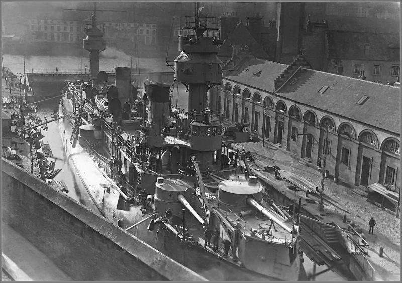 Photos des navires de guerre de la France du XIXe et du XXe Foto_c13