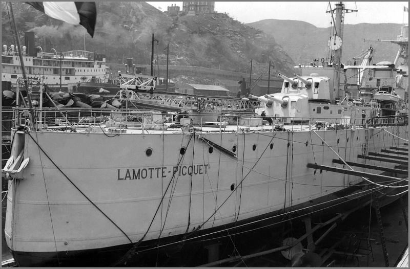 Photos des navires de guerre de la France du XIXe et du XXe Foto_c14