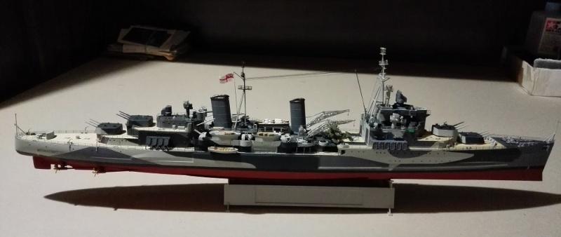 HMS Belfast 1942 Light Cruiser de Trumpeter a 1/350  Img_2036