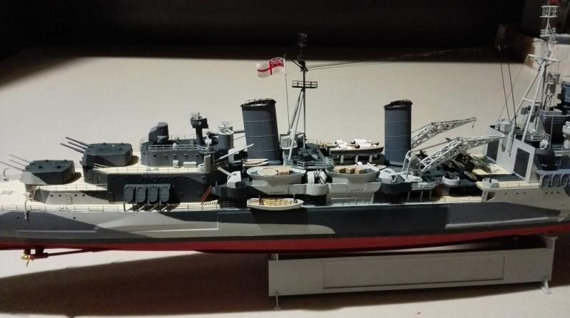HMS Belfast 1942 Light Cruiser de Trumpeter a 1/350  Img_2038