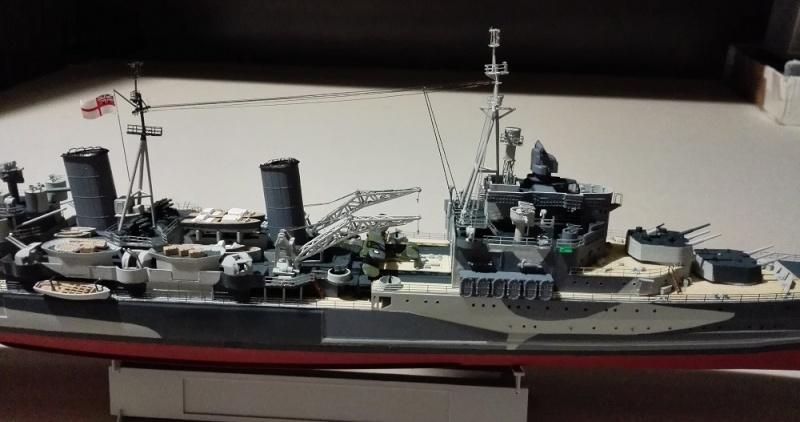 HMS Belfast 1942 Light Cruiser de Trumpeter a 1/350  Img_2039