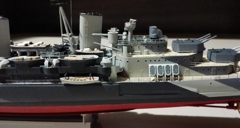 HMS Belfast 1942 Light Cruiser de Trumpeter a 1/350  Img_2047