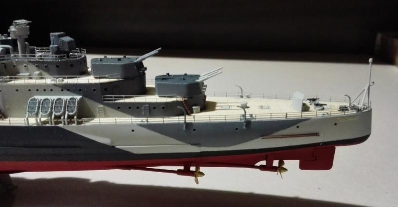 HMS Belfast 1942 Light Cruiser de Trumpeter a 1/350  Img_2048