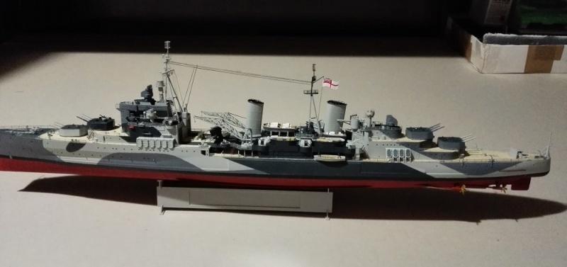 HMS Belfast 1942 Light Cruiser de Trumpeter a 1/350  Img_2056