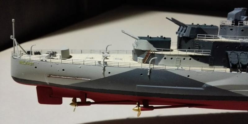 HMS Belfast 1942 Light Cruiser de Trumpeter a 1/350  Img_2068
