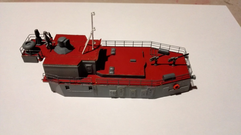 Sovremmeny Class Destroyer Type 956E a 1/200 de Trumpeter Ref.3613 Img_2086