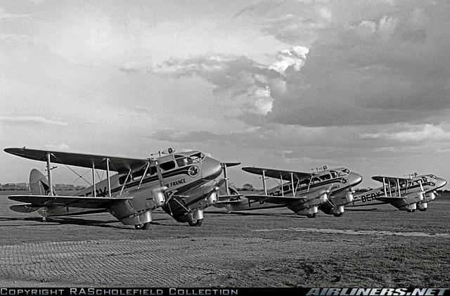 De Havilland DH-89A 20124610