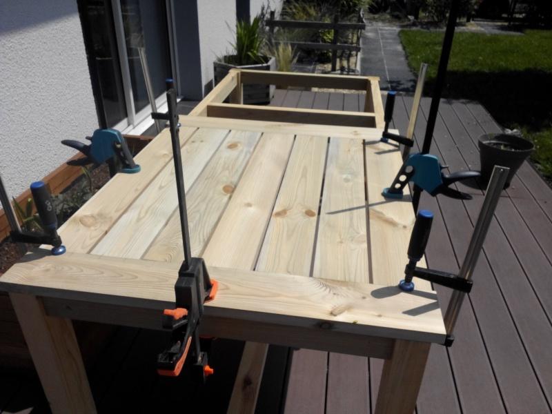 Réalisation d'une table de jardin - Page 2 Img_2020