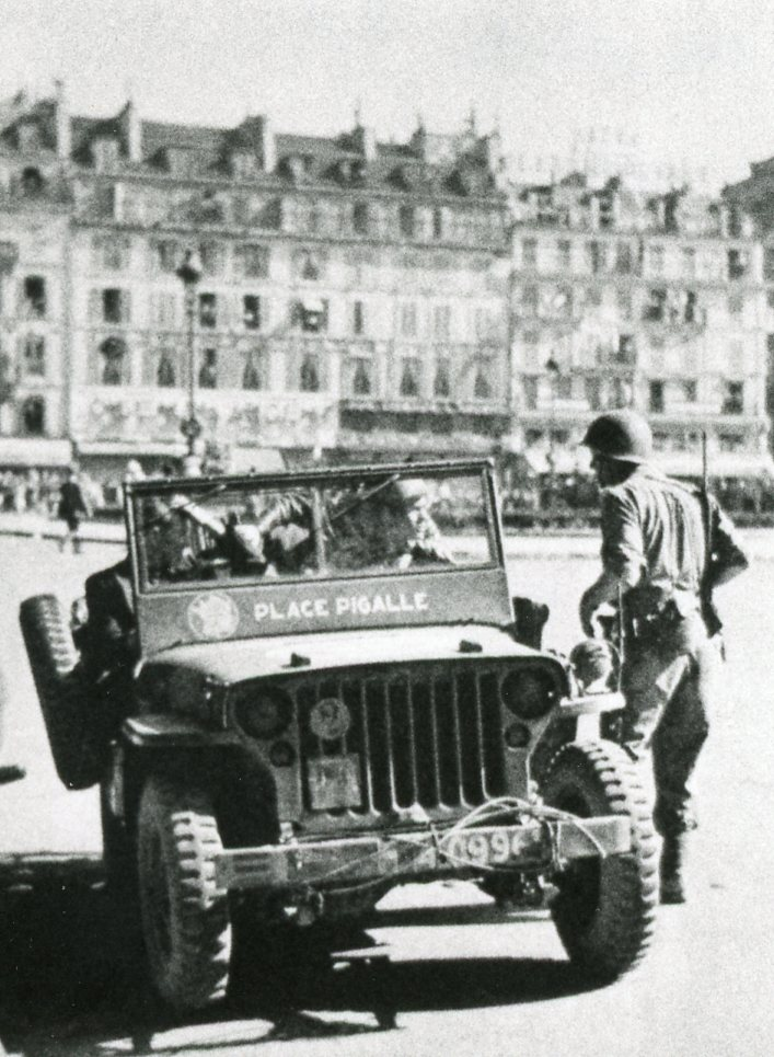 recherche infos sur Chars M7 Priest Jeep_x10