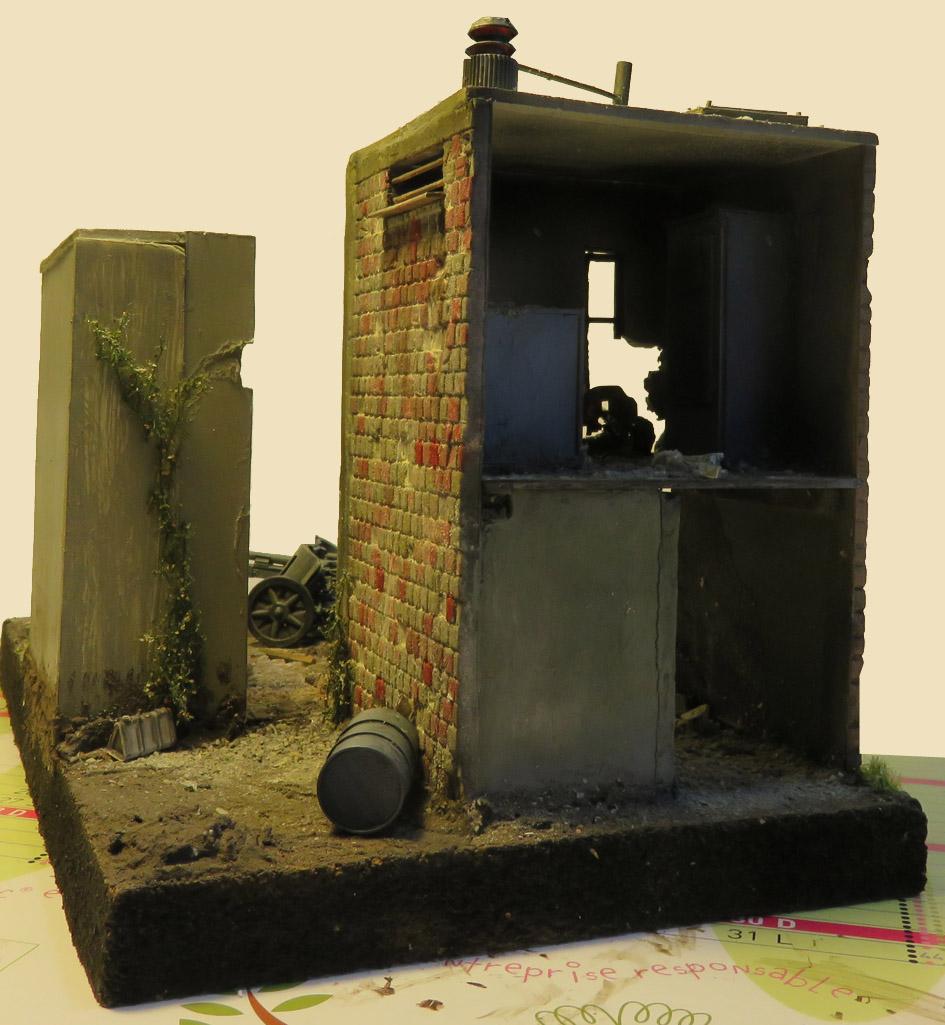 Mur d'usine _ Stalingrad  Septembre 42 _ Victoire __1/35 - Page 3 15072716