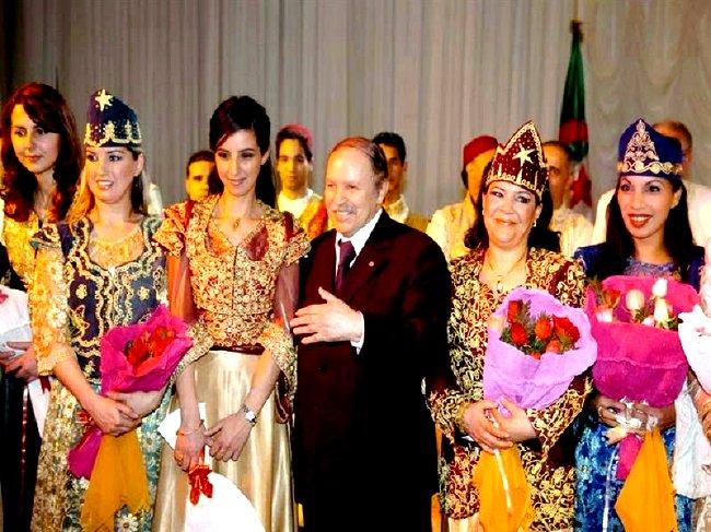 Mr Bouteflika le Maskhoute de son pays sauveteur Femmes10