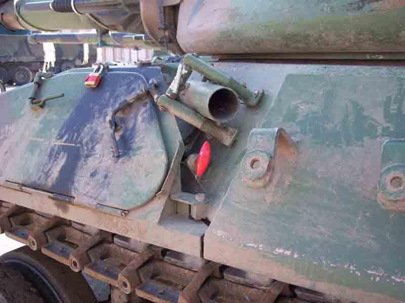 """[HELLER] AMX 30 B2 """"Opération DAGUET"""" (UPGRADE) 1/35ème Réf 81157 - Page 5 014_10"""