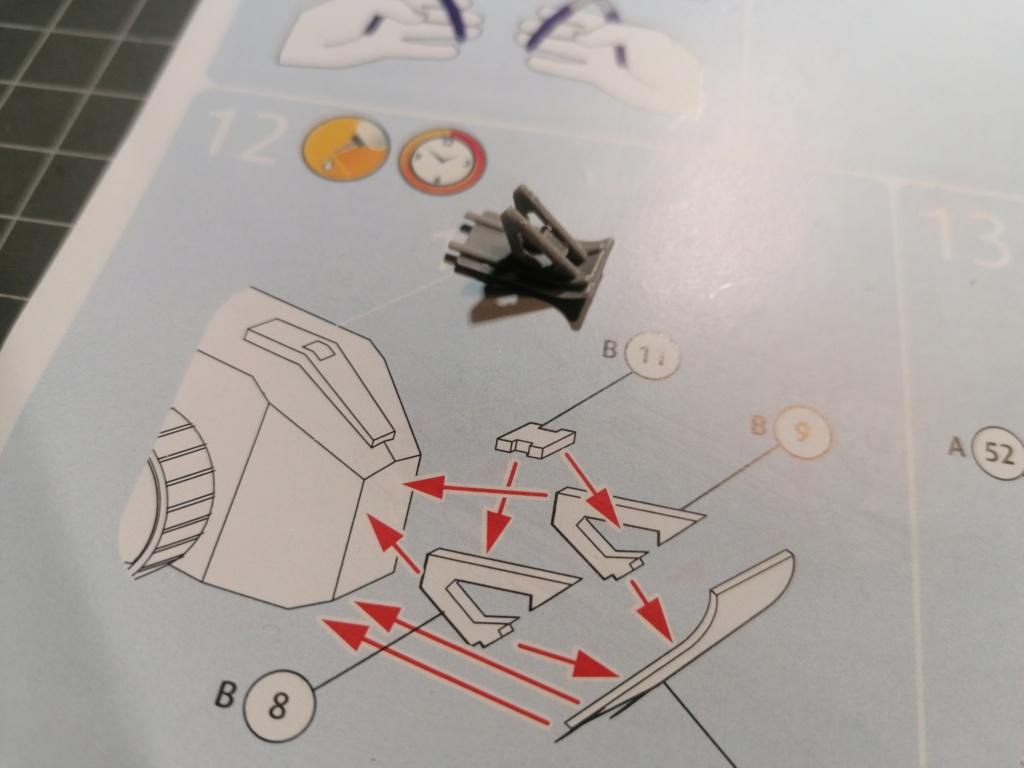 [REVELL] Char B1.Bis et RENAULT FT-17 1/76ème Réf 03278 Img_2037