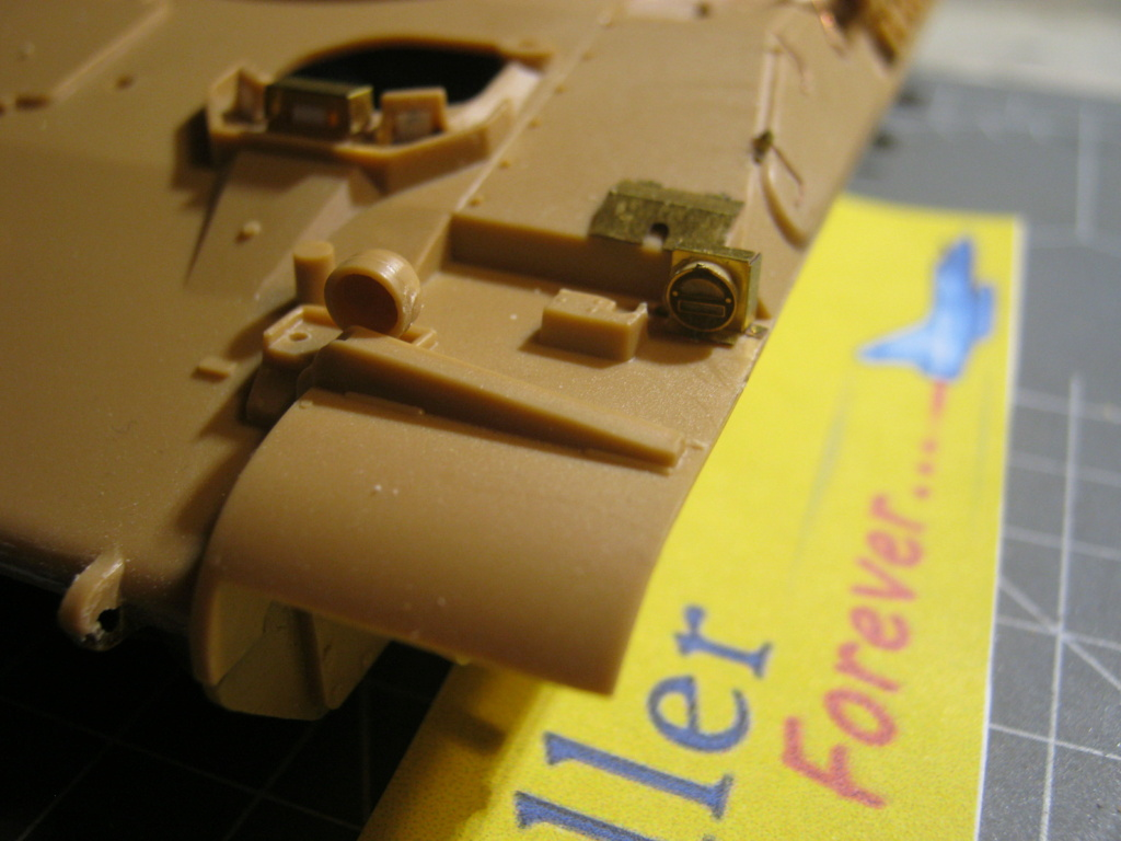 "[HELLER] AMX 30 B2 ""Opération DAGUET"" (UPGRADE) 1/35ème Réf 81157 - Page 5 Img_8421"