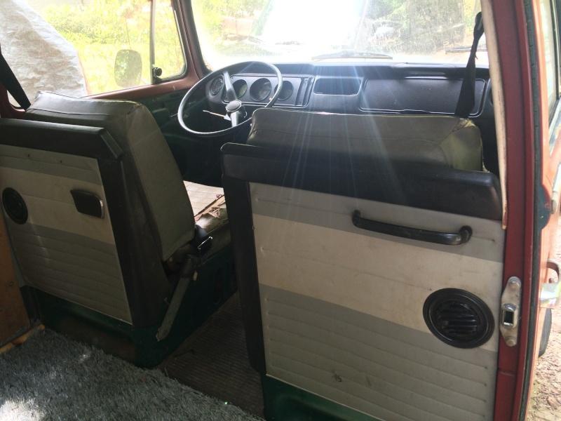 """1970 Bus """"Velvet Leon Jones"""" 2015-014"""