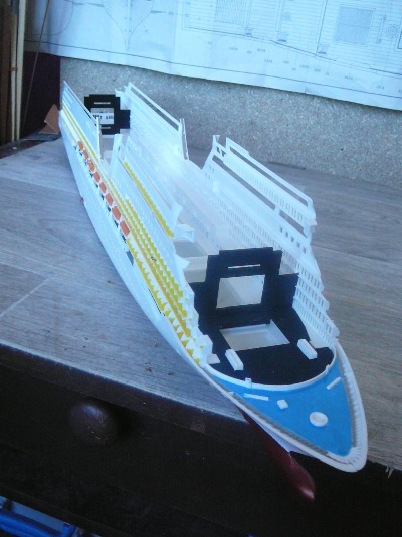 cruiser ship AIDA revell au 1/400 Aida1810