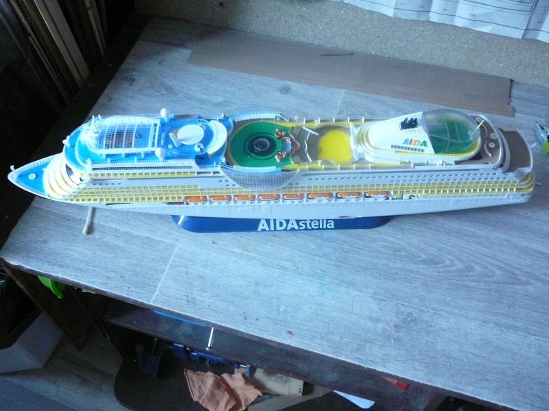 cruiser ship AIDA revell au 1/400 - Page 2 Aida3410