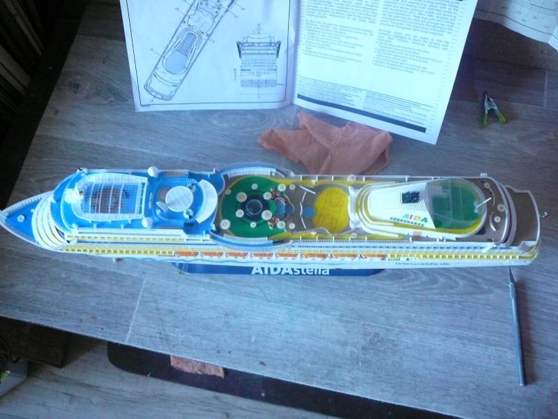 cruiser ship AIDA revell au 1/400 - Page 3 Aida5110