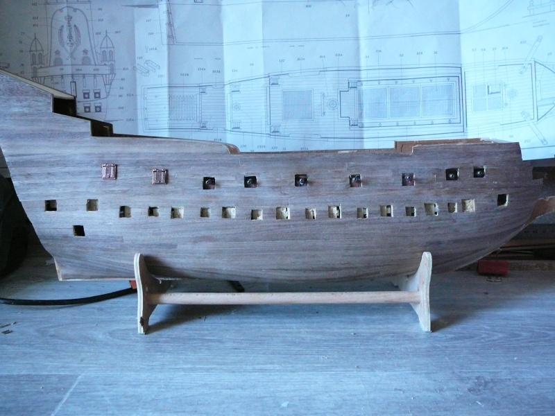 la couronne au 1/98 sur plans de mantua - Page 6 Co4210