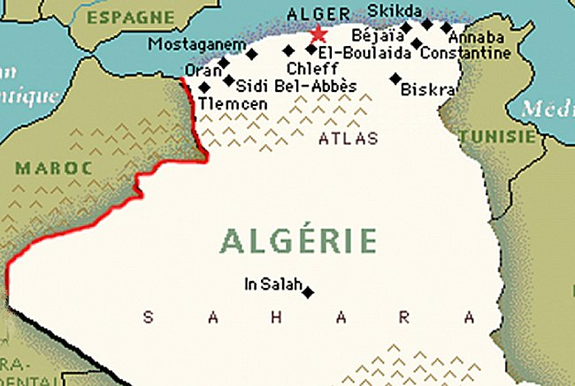 La tranchee militaire Algerienne ,defensive ou offensive? Tranch11