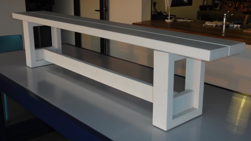 [TERMINE] Fabrication table en bois peint - polycarbonate pour terrasse - Page 2 Dsc00610