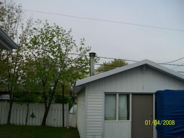 2 section de 48 po cheminée isoler 7 po intérieur et 10 po extérieur avec chapeau  60$ _27_1010
