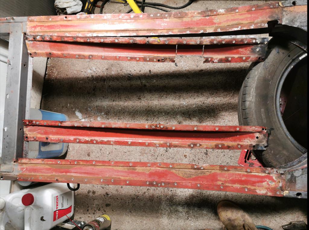 Restauration d'une 2CV AK400 Captu131