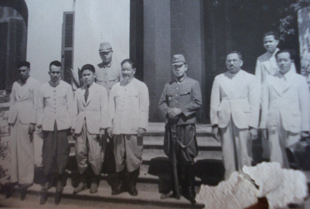 Des japonais avec le Vietminh en 1946 - Page 2 Dsc02410