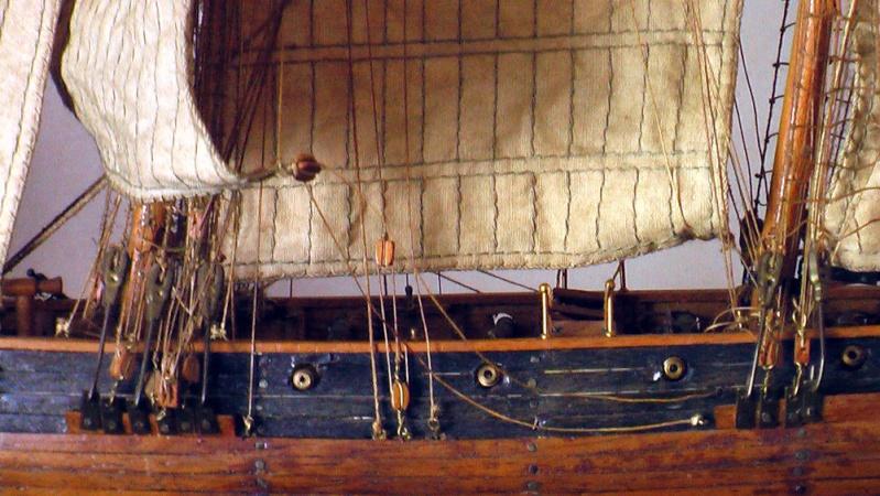 LA TOULONNAISE, goelette de 1823 au 1/75 par parellum, sous voiles, et photos Musée de la Marine Imga0028
